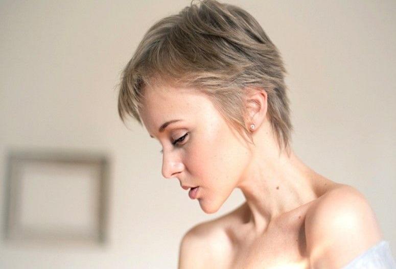 cabelos curtos para rosto redondo
